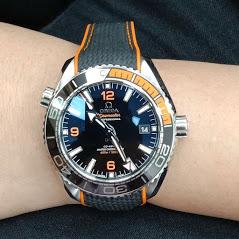 收購OMEGA錶