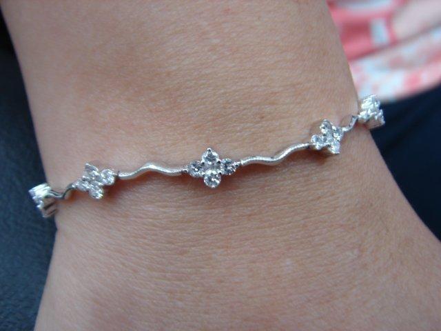 台中流當品拍賣 造型 1.37克拉 E色 K金 鑽石 手鍊 喜歡價可議 ZS075